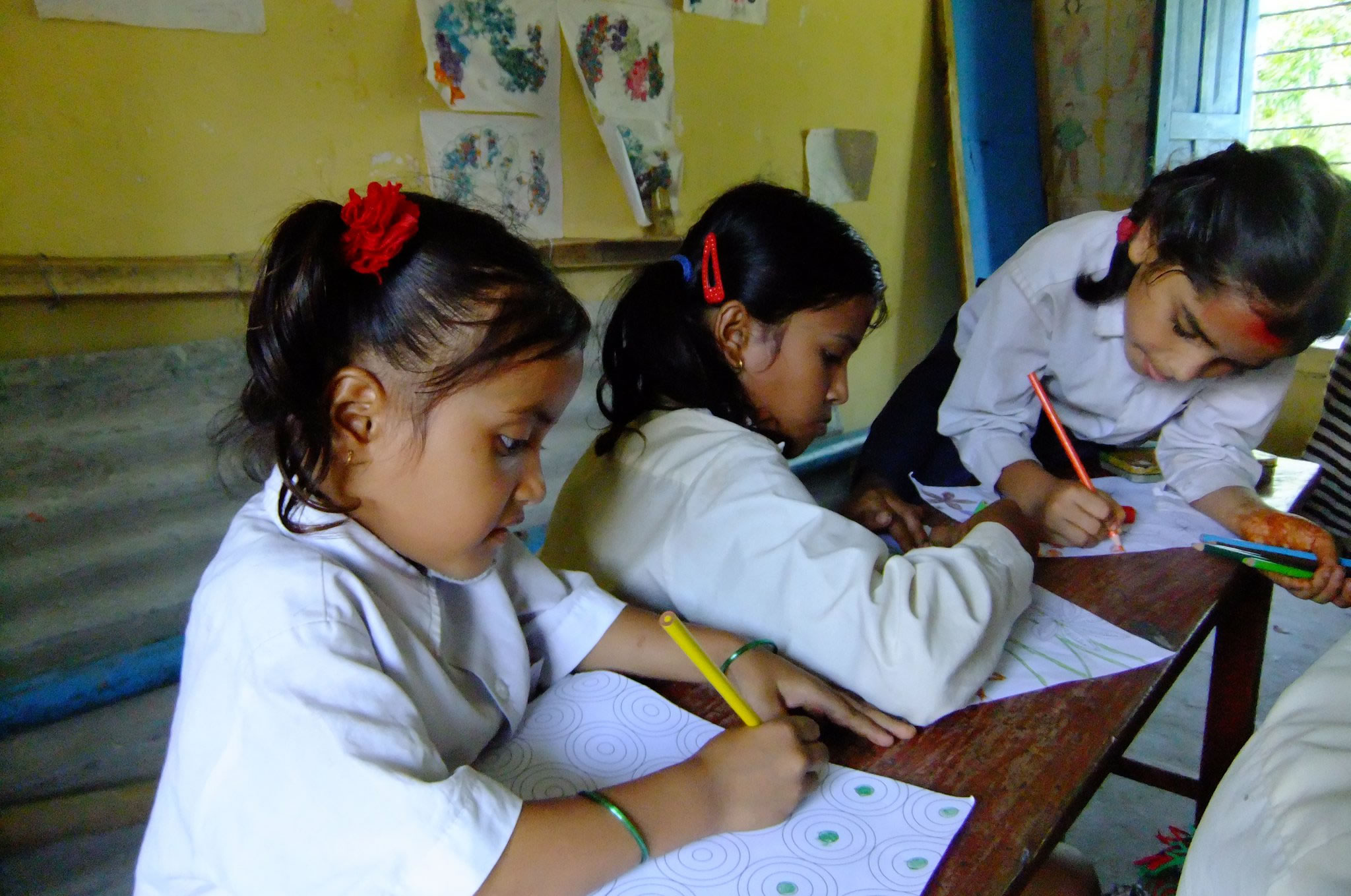 Children drawing in Nepal