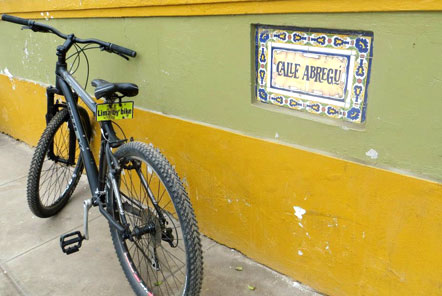 Cycling around Lima