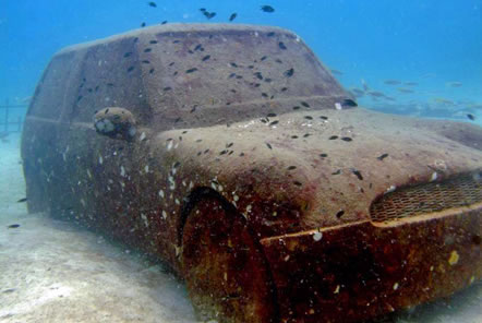 Sunken battle ships and a Mini Cooper - Artificial Reefs in Thailand