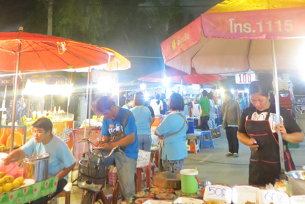 Cha Am Night Market